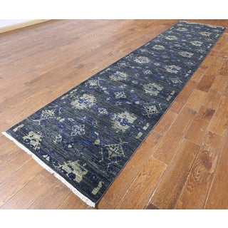 Hand-knotted Oriental Art Deco Black Wool Rug (3' 1 x 13' 10)