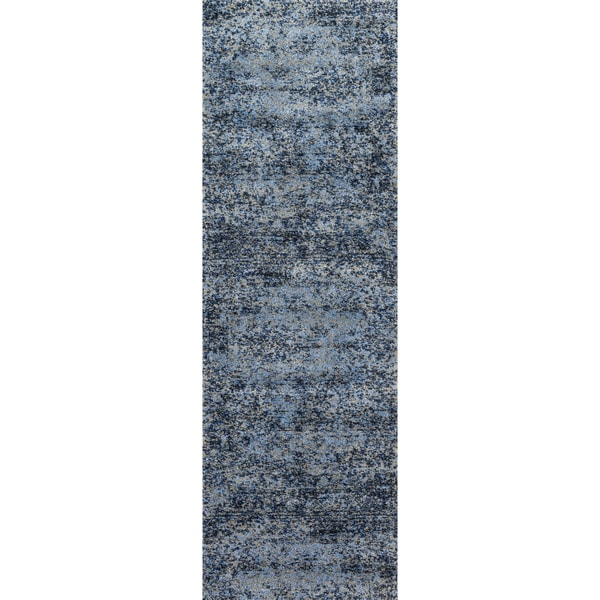 "Hastings Light Blue/ Grey Runner Rug - 2'5"" x 7'10"""