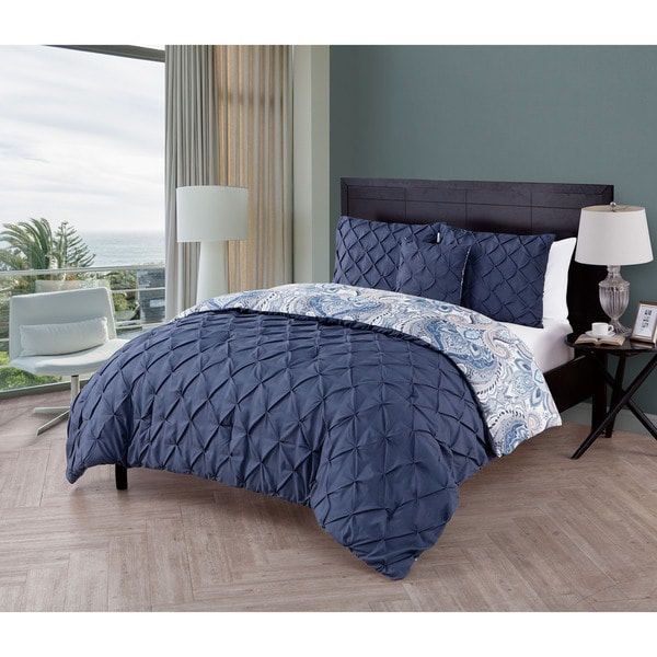VCNY Maison 4-piece Reversible Pintucked Comforter Set