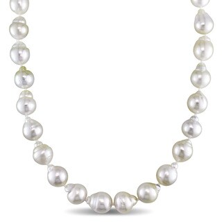 Miadora 14k Yellow Gold White South Sea Pearl Strand 18 Inch Necklace (9-11mm)