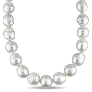 Miadora 14k Yellow Gold White South Sea Pearl Strand 18 Inch Necklace (11-13mm)