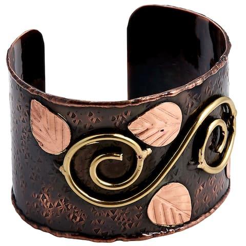 Handmade Tri-color Embossed Copper Leaves Brass Swirl Cuff Bracelet (India)