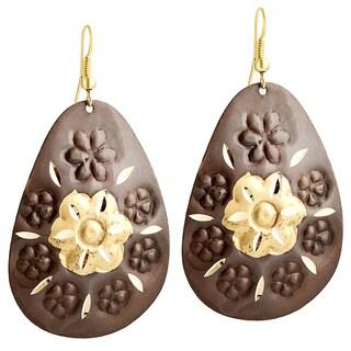 Handcrafted Artisan Two-tone Diamond Cut Blossom Teardrop Dangle Earrings (India)