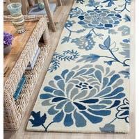 Martha Stewart by Safavieh Dreamy Floral Azurite Wool Rug - 2'3 x 10'