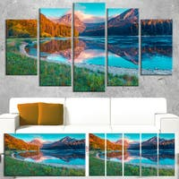 Beautiful Swiss Lake Obersee - Landscape Photo Canvas Print - Blue