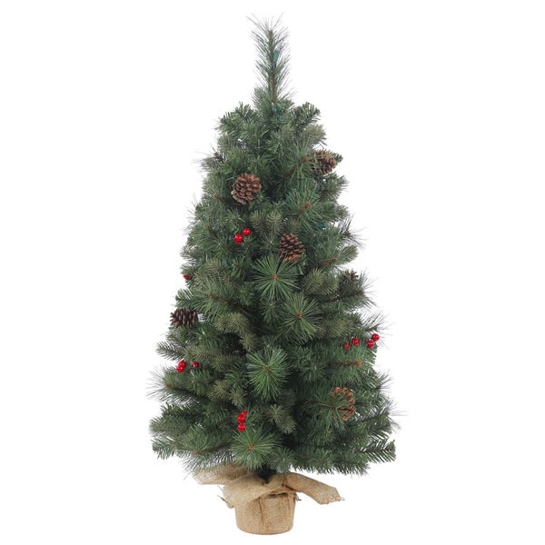 Vickerman Green Plastic 24-inch Wesley Mixed Pine Unlit Artificial Christmas Tree
