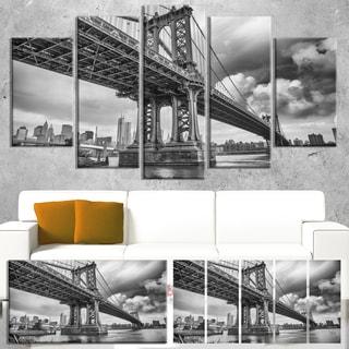 Manhattan Bridge in Gray Shade - Cityscape Photo Canvas Print