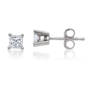 Montebello Jewelry 14k White Gold 1/2ct TDW Princess-cut White Diamond Stud Earrings (H-I, I1-I2)