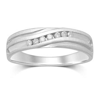 Unending Love Men's 10k White Gold 1/6-carat Total Weight IJ-I1-12 Diamond 7-stone Slant Channel-set Ring