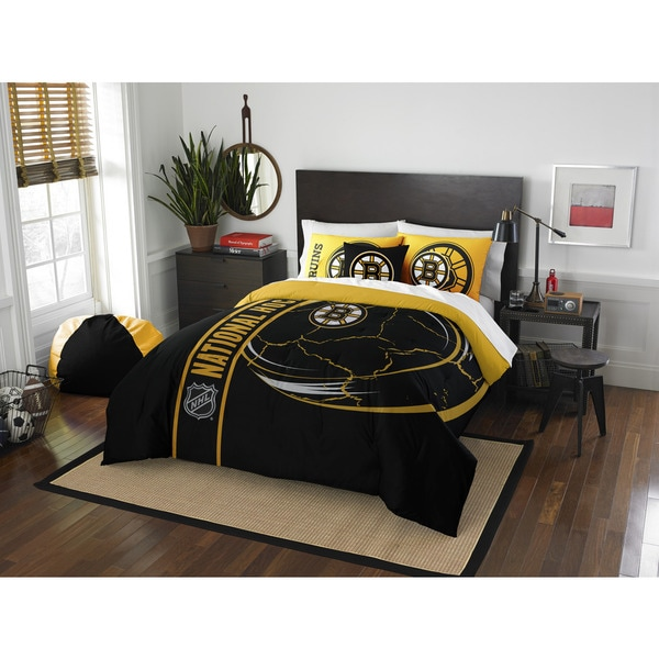 The Northwest Company Official NHL Boston Bruins Full Applique 3-piece Comforter Set