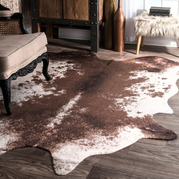 Nuloom Faux Cowhide Contemporary Rawhide Brown Rug 5 9 X