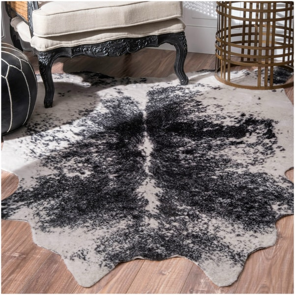 Nuloom faux cowhide contemporary rawhide black rug 5 39 9 x 7 39 7 free shipping today overstock - Faux animal skin rugs ...