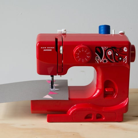 Janome Bandana Blush Basic, Easy-to-Use, 10-stitch Portable, 5 lb Compact Sewing Machine with Free Arm