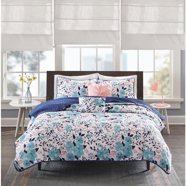 Intelligent Design Tiffany Blue Coverlet Set