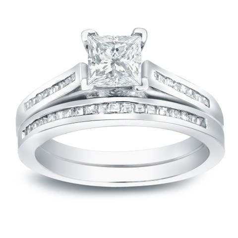 Auriya Platinum 1 1/2ctw Princess-cut Diamond Engagement Ring Set