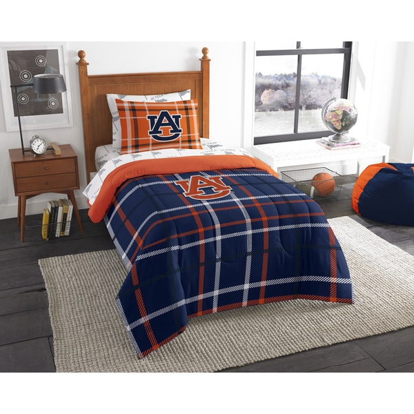 The Northwest Company Auburn Twin 5-piece Bed in a Bag with Sheet Set