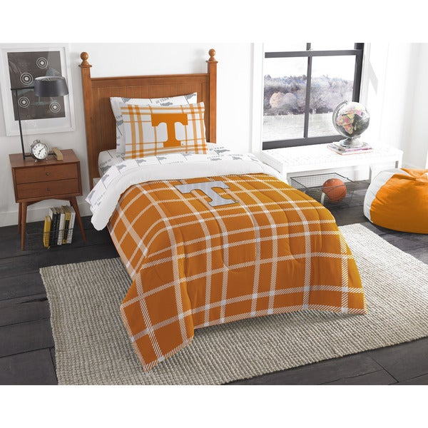 The Northwest Company Tennessee Twin 5-piece Bed in a Bag with Sheet Set