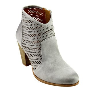 QUPID FC35 Women's Perforated Cut-out Stacked Chunky Heel Ankle Booties
