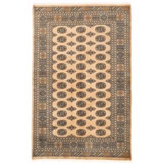 Herat Oriental Pakistani Hand-knotted Bokhara Wool Rug (4'11 x 7'9)