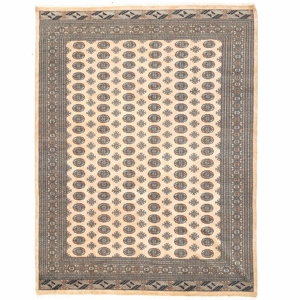 Handmade Herat Oriental Pakistani Bokhara Wool Rug (Pakistan) - 9' x 12'