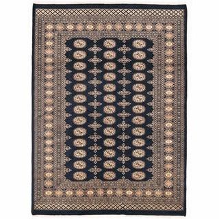 Herat Oriental Pakistani Hand-knotted Bokhara Wool Rug (5'6 x 7'7)