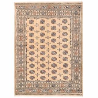 Herat Oriental Pakistani Hand-knotted Bokhara Wool Rug (6'2 x 8'6)