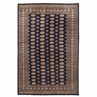 Herat Oriental Pakistani Hand-knotted Bokhara Wool Rug (6'6 x 10'1)
