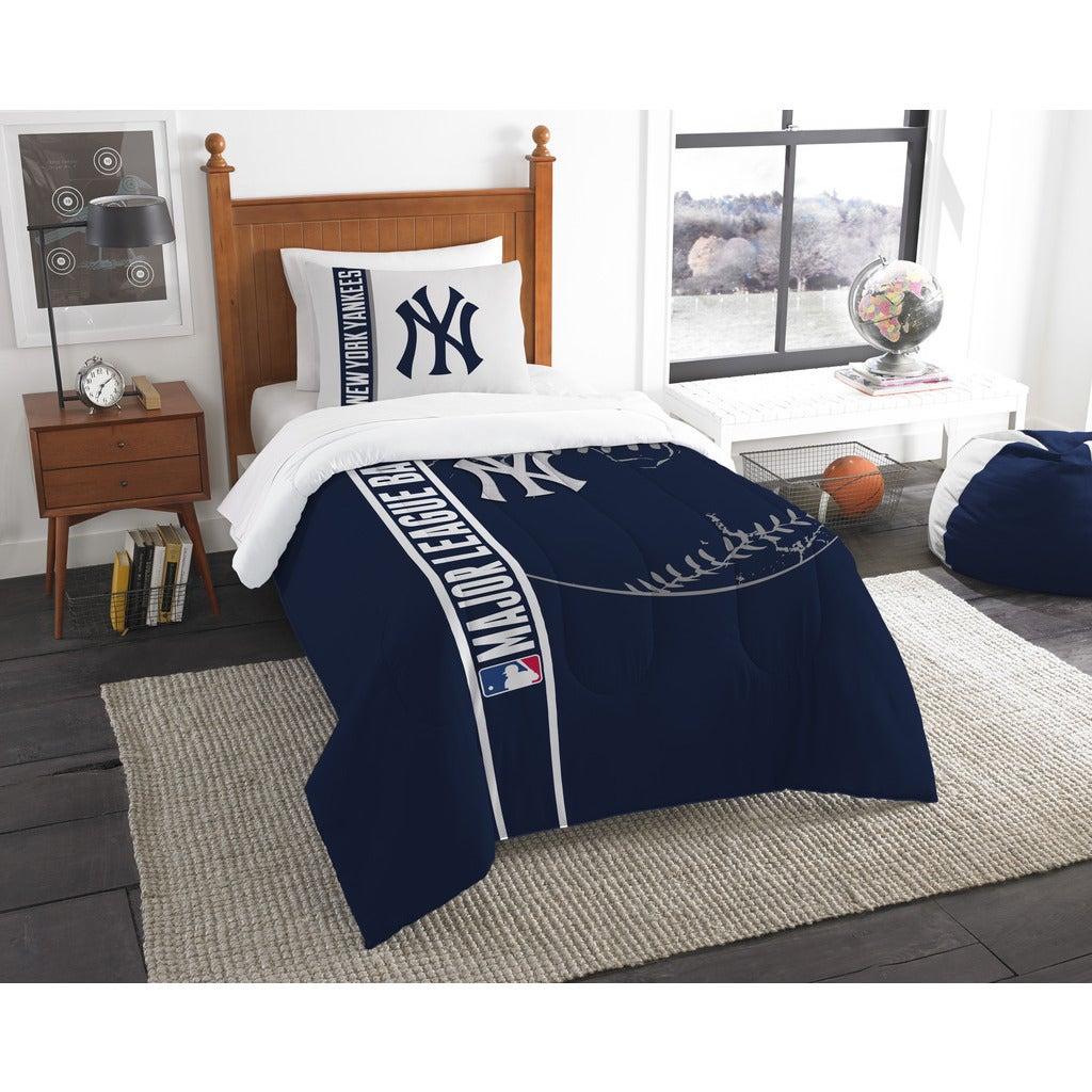Norwesco mpany MLB New York Yankees Twin 2-piece Comforte...