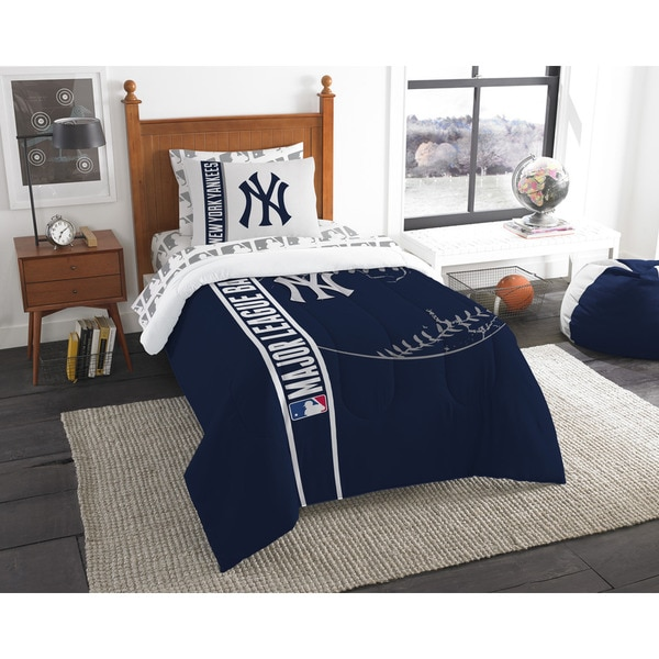 The Northwest Company MLB New York Yankees Twin 5-piece Bed in a Bag with Sheet Set