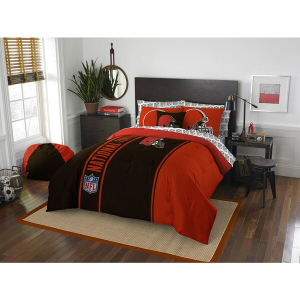 The Northwest Company NFL Cleveland Browns Full 7-piece Bed in a Bag with Sheet Set