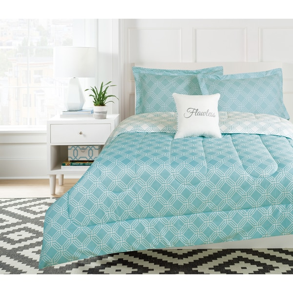 Flawless Teal Reversible Comforter Set with Decorative Pillow