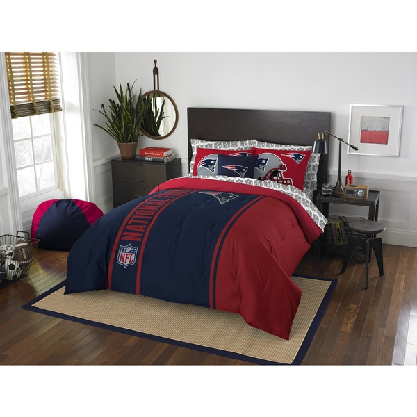 The Northwest Company NFL New England Patriots Full 7-piece Bed in a Bag with Sheet Set
