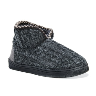 Muk Luks Men's Mark Grey Acrylic/Polyester/Faux Fur Slippers