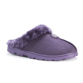 Muk Luks Women's Clog with Fur Lining|https://ak1.ostkcdn.com/images/products/12143516/P18998976.jpg?impolicy=medium