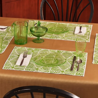 Heni Bay Green/White Polyester Placemats (Pack of 4)