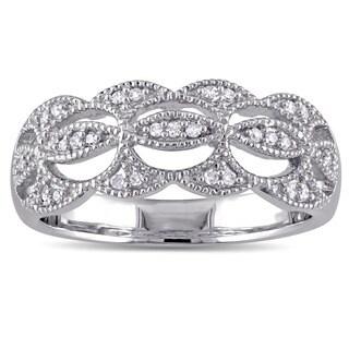 Laura Ashley 10k White Gold 1 /10ct TDW Diamond Milgrain Detail Wavy Bridal Ring