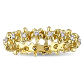 Laura Ashley Yellow Plated Sterling Silver 1/10ct TDW Diamond Flower Eternity Ring (G-H, I2-I3)