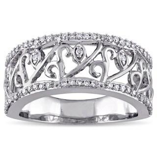 Laura Ashley 10k White Gold 1/4ct TDW Diamond Filigree Bridal Ring (G-H, I2-I3)