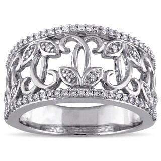Laura Ashley 10k White Gold 1/4ct TDW Diamond Filigree Floral Ring (G-H, I2-I3)