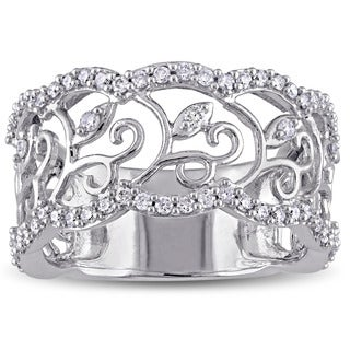 Laura Ashley 10k White Gold 5/8ct TDW Diamond Filigree Floral Ring