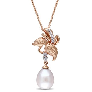 Laura Ashley 10k Rose Gold 1/10ct TDW Diamond and Pink Freshwater Cultured Pearl Leaf Necklace (10-10.5 mm) (G-H, I2-I3)