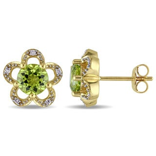 Laura Ashley 10k Yellow Gold Diamond Accent and Peridot Flower Stud Earrings