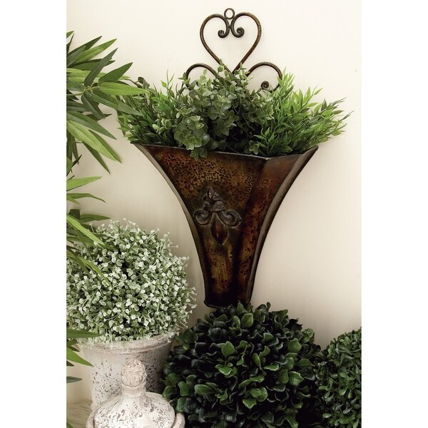 Set of 2 Traditional 18 and 22 Inch Iron Wall Planters by Studio 350