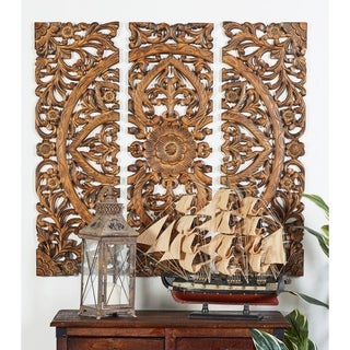 Carved Mahogany-finish Wood 36-inch x 36-inch Wall Panel (Set of 3)