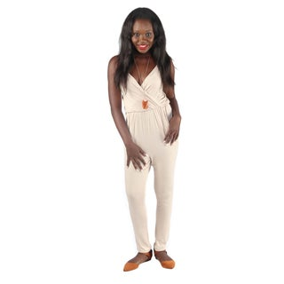 Hadari Woman's V-Neck Pegged Bodysuit