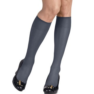 Silk Reflections Women's Silky Sheer Classic Navy Knee Highs (Pack of 2)