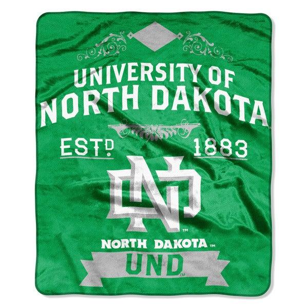 COL 670 North Dakota 'Label' Raschel Throw