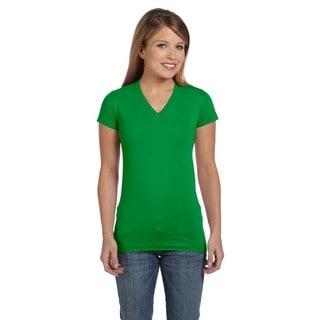 Juniors' Kelly Green Fine Jersey V-Neck Longer Length T-Shirt
