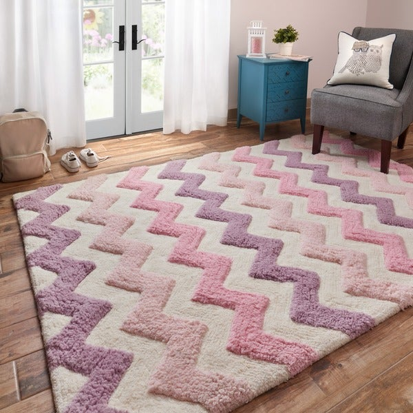 Hand Tufted Riley Pink/ Purple Chevron Shag Rug (5u00270 X 7