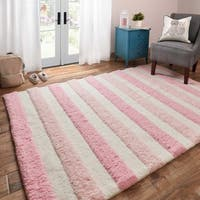"Hand-tufted Riley Pink/ Multi Striped Shag Rug (7'3 x 9'3) - 7'3"" x 9'3"""